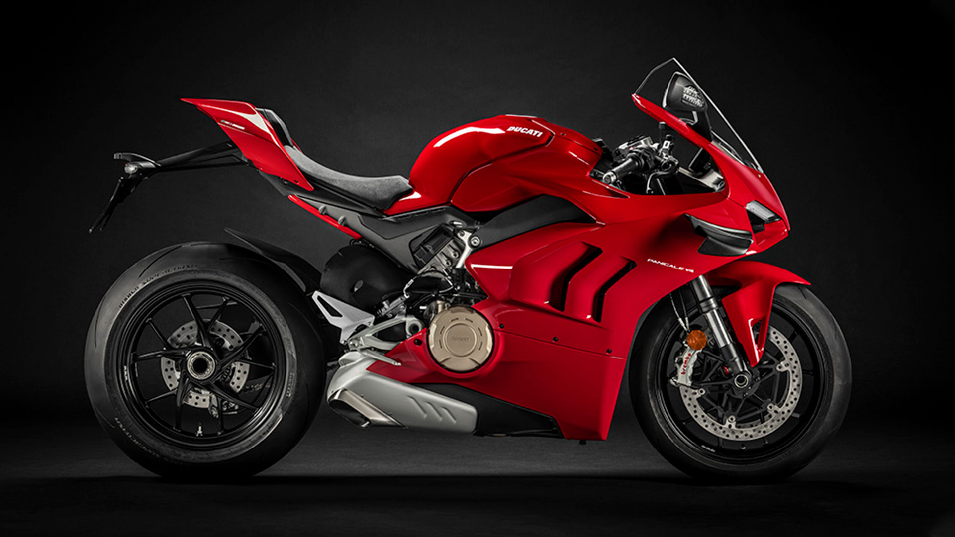 &laquo Panigale V4 &raquo  The Red Essence